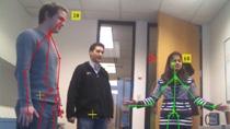 Windows용 Microsoft Kinect의 이미지 및 골격 데이터를 수집하여 MATLAB으로 가져옵니다. Kinect는 RGB 카메라, 3차원 깊이 센서, 4채널 마이크를 갖춘 NI(Natural Interaction) 장치입니다.