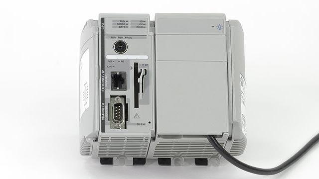 Simulink PLC Coder는 Siemens STEP 7/TIA Portal, Rockwell Automation Studio 5000, 3S CODESYS 및 PLCopen XML을 포함한 많은 타사 IDE를 지원합니다