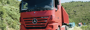 Daimler Designs Cruise Controller for Mercedes-Benz Trucks