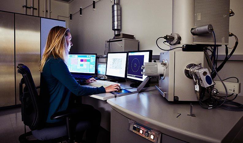현미경 계측기 제어